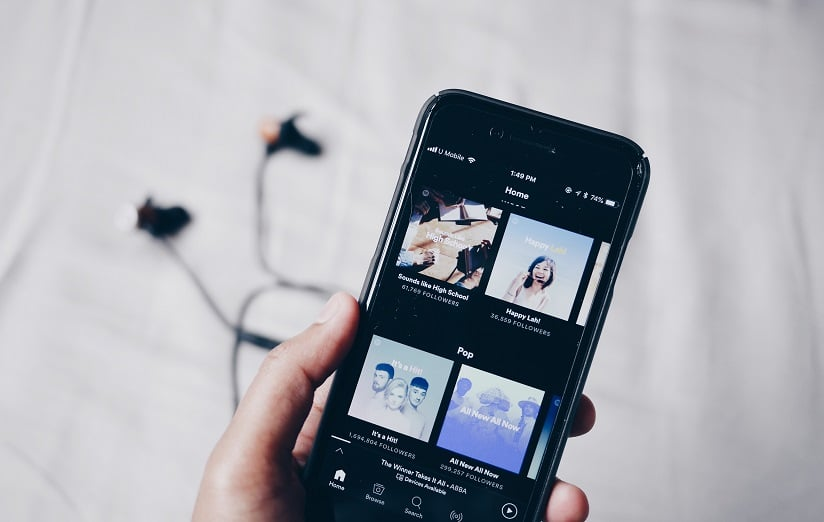 This Awesome Playlist Can Actually Help You Learn English From Music