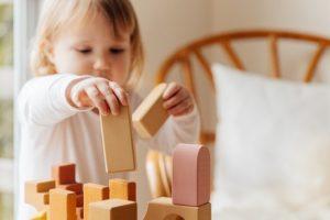 mainan edukasi anak